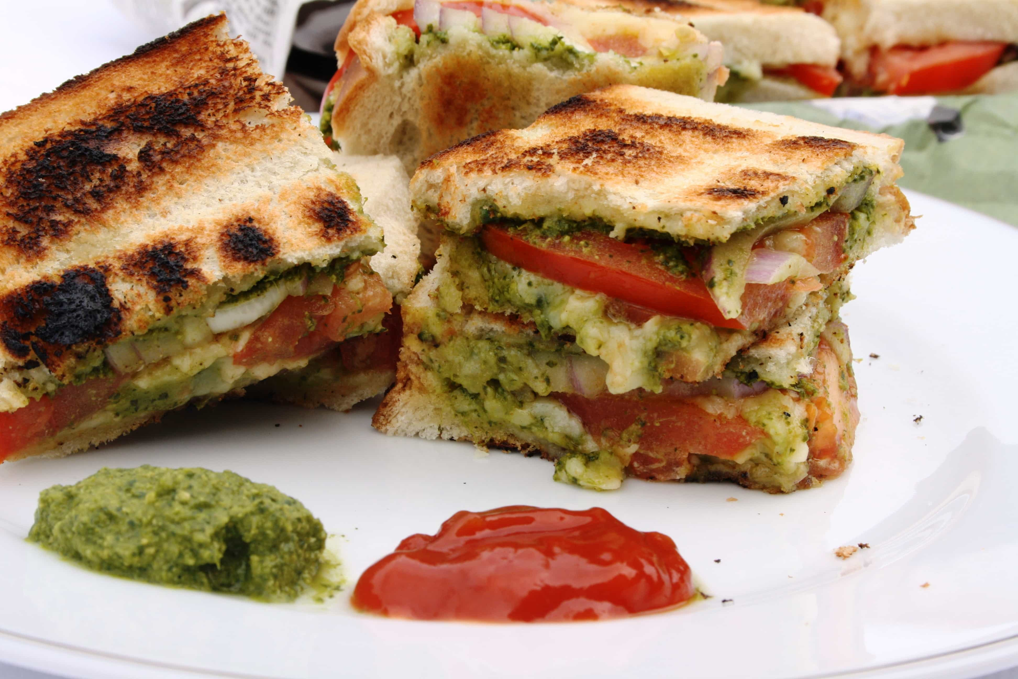Mumbai Chilli Cheese Sandwich