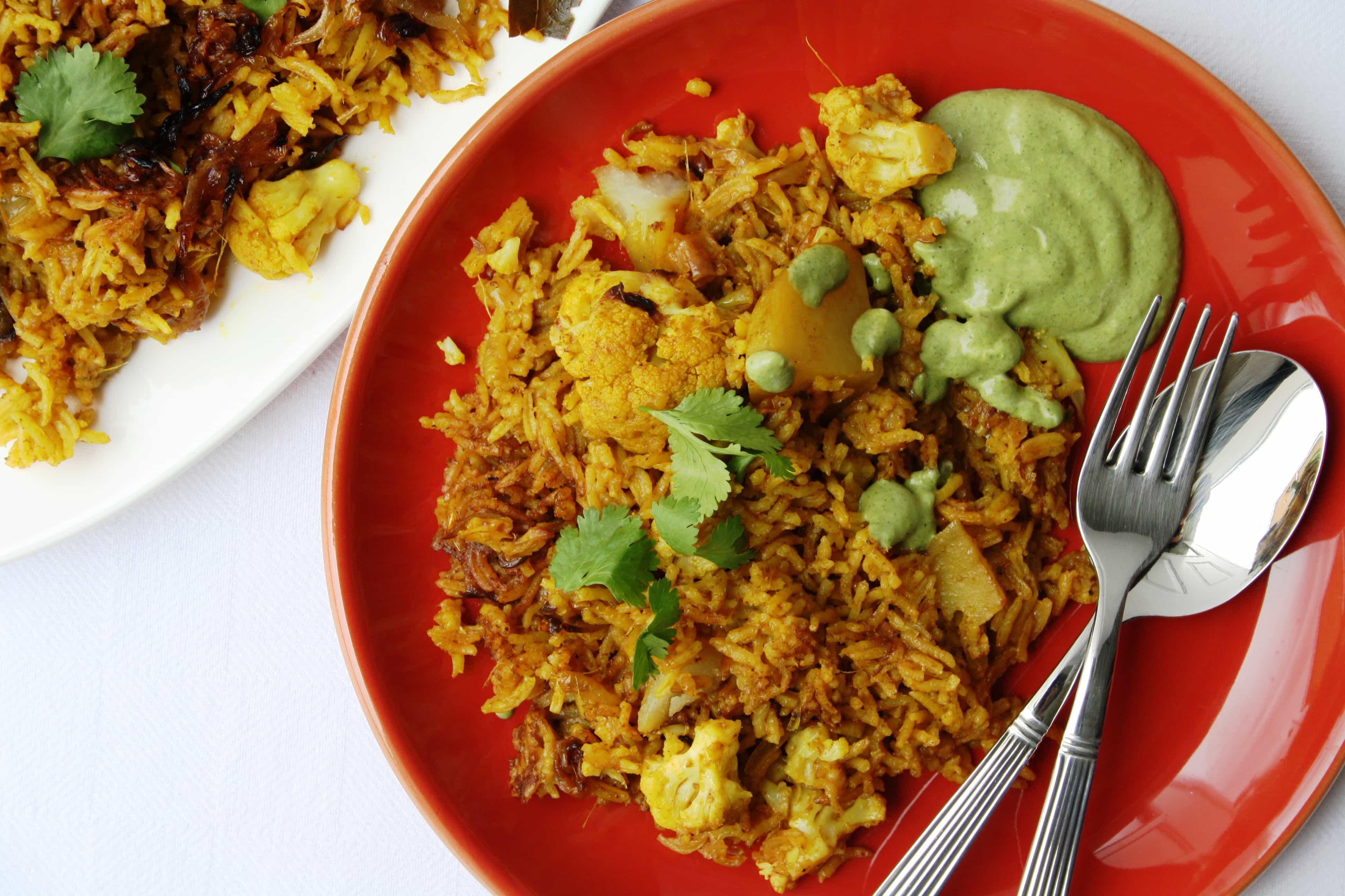 Lucknowi gobi aloo ki tahiri indian recipes maunika for Awadhi cuisine book